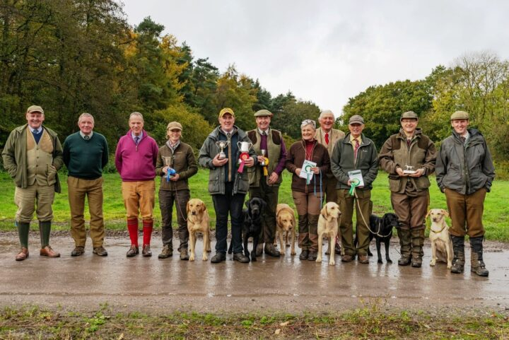 01/02.11.19: Ziva became 4th at the 2 Day Open Trial of the 3Rs in Checkley Wood. 1. & Guns Choice Mark Demaine & Burrendale Fergie of Caytonfell, 2. Laura Hill &Stauntonvale Moose Milk, 3. David Field & FTCh Artisryn Ulrich, 4th Daniel Marx & Lockthorn Ziva. Congratulations