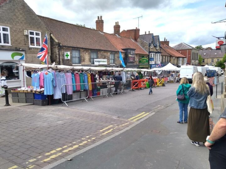 ...that means: social distancing ideally at 2 metres BUT at 1 metre if that is not possible . The visitors at the reopened market in Pickering have been exemplary...