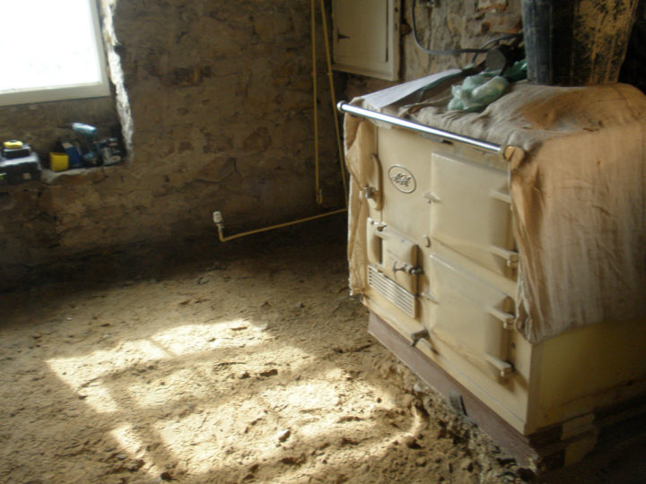 That's how far they had to dig (hopefully the AGA will not fall over!).