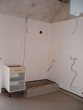 The floor as well as the dogshower will get a ALTRO-covering (water- and scratch-resistant and nonslip!)